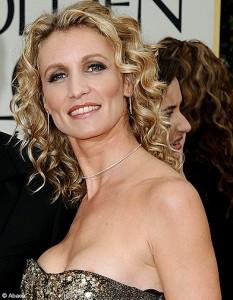 Alexandra lamy ou 1001 fa ons de porter ses boucles avec charme - Avec quelle actrice pourriez vous sortir ...