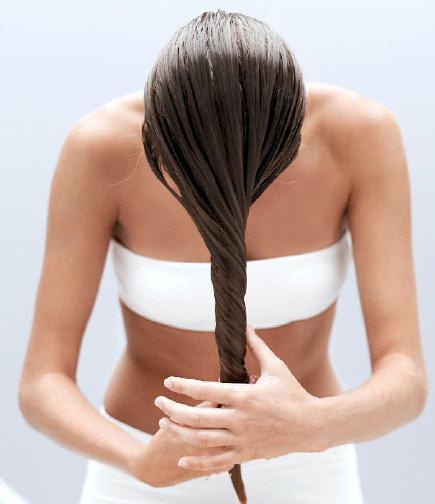 bain d 39 huile cheveux secs boucl s recettes et mode d 39 emploi. Black Bedroom Furniture Sets. Home Design Ideas