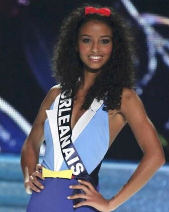 belle chevelure bouclee noeud-miss france 2014-2
