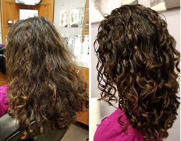 Mes Cheveux Ne Bouclent Pas à La Racine Au Dessus Décoller Les Racines Des Cheveux Bouclés Cheveux Bouclés Au Naturel Astuces Conseils Soins Produits