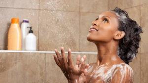 shampooing cheveux bouclés low poo cowash